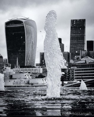 The tallest water fountain in London